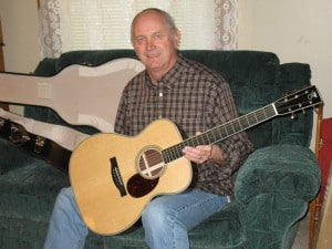 Steve Gadberry with Santa Cruz Guitar